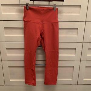 lululemon athletica Pants - LULULEMON cropped leggings